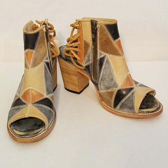 Freebird by Steven Handmade Bay Patchwork Sandals